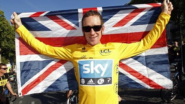 Cycling - Wiggins in hospital after collision with van