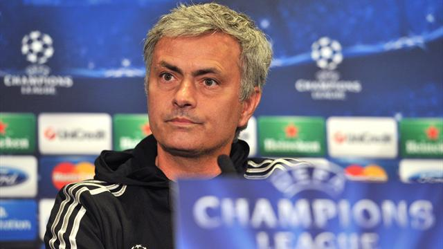 Champions League - Mourinho rebukes 'football philosophers', will remain true to his principles