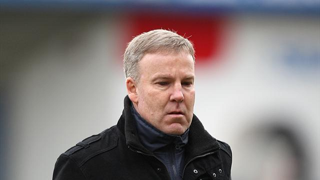 Football - Jackett happy with 'professional' job