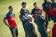 Paris Saint-Germain's Swedish forward Zlatan Ibrahimovic (L) takes part in a training session, on August 9, at the Camp des loges, in Saint-Germain-en-Laye, outside Paris, two days before their first Ligue 1 match of the 2012-2013 season