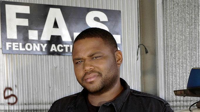 Anthony Anderson stars as police officer Marlin Boulet in K-Ville.