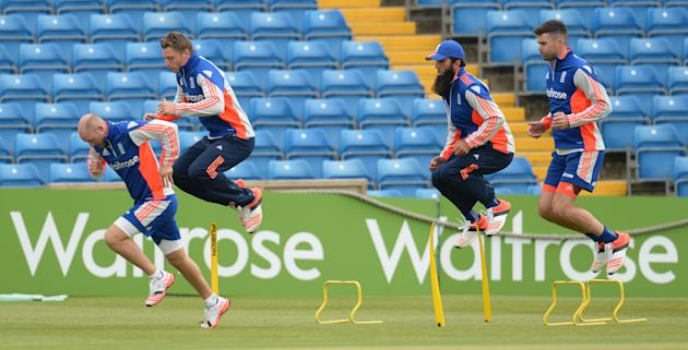 Cricket: England's Adam Lyth, Jos Buttler, Moeen Ali and James Anderson during training