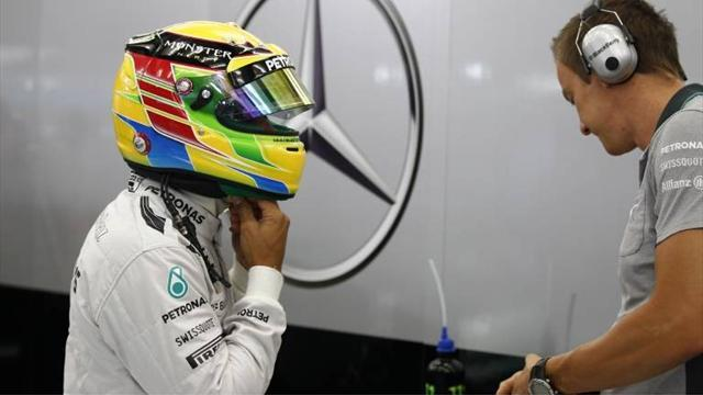 Formula 1 - Hamilton denies Mercedes are ahead of the field