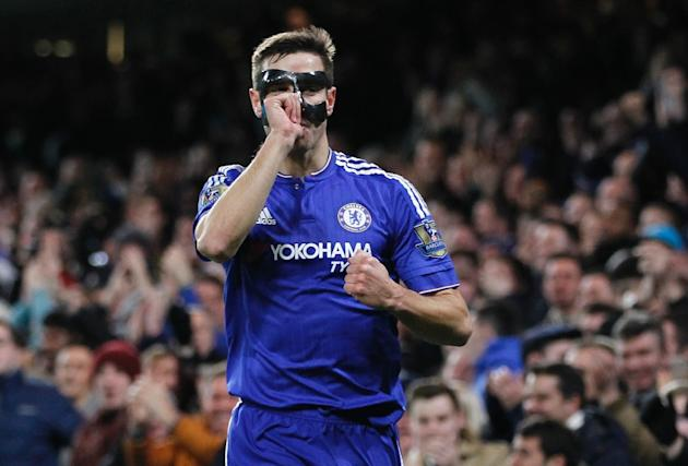 Chelsea's defender Cesar Azpilicueta celebrates scoring the opening goal during the English Premier League football match between Chelsea and West Bromwich Albion in London on January 13, 2016