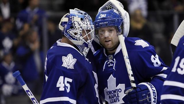 NHL - Leafs send Penguins to another defeat, Coyotes beat Oilers