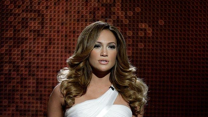 Jennifer Lopez performs on Movies Rock.