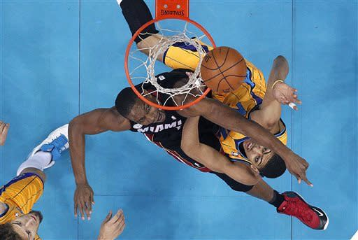 LeBron scores 36, Heat roll in New Orleans