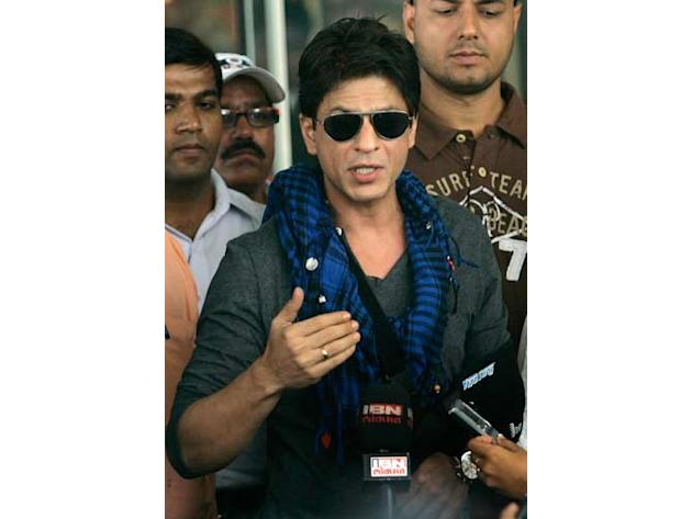 Shah Rukh Khan is keen to boost the morale of his Kolkata Knight Riders that he owns with actress Juhi Chawla and her husband Jai Mehta.