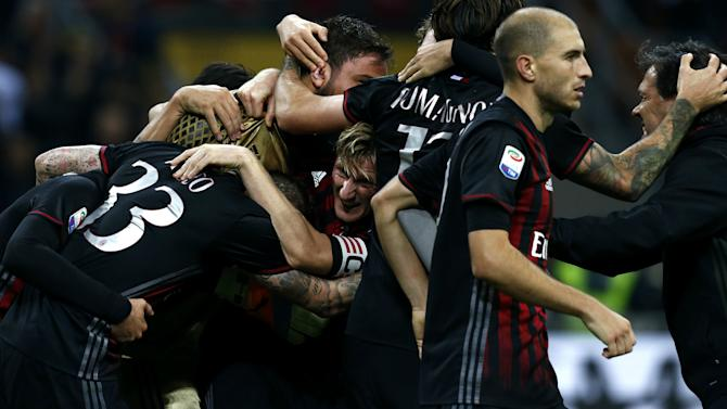 Montella: Rising Milan must handle new expectations