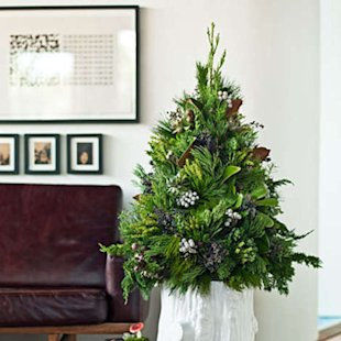 Use felled branches to make your own tree