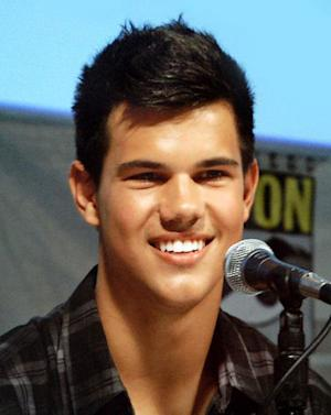 Taylor Lautner, Growing Up in the 'Twilight' Spotlight