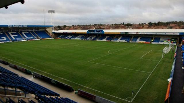 League One - Gillingham to check on players' fitness for Wolves clash