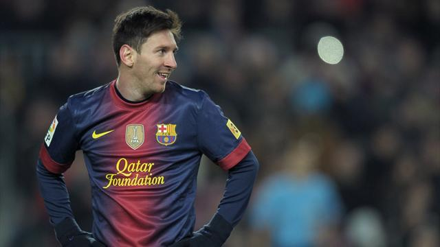 Football - Messi surpasses goal record from 1930s