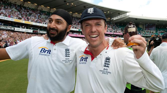 Monty Panesar and Graeme Swann can cause India problems, according to Sourav Ganguly