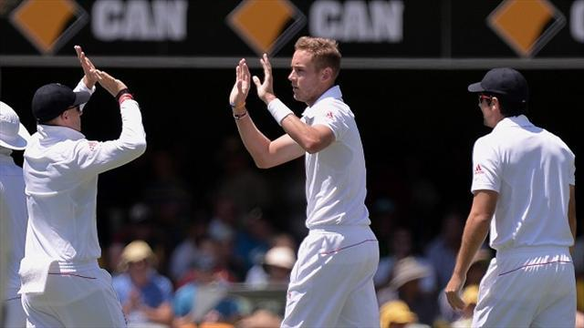 Ashes - Broad takes six as Australia fall