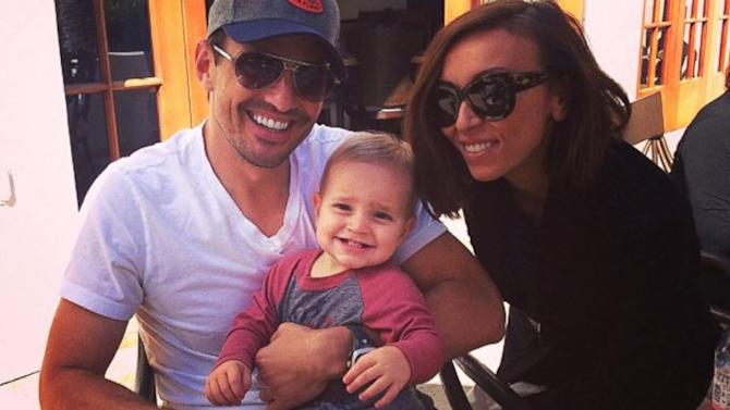 Giuliana and Bill Rancic Teach Son Duke to Swim in Tahiti