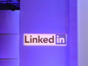 LinkedIn Launches Sponsored Updates For Brands. HCL Technologies One of the Selected Partners image P10100481 1024x7681