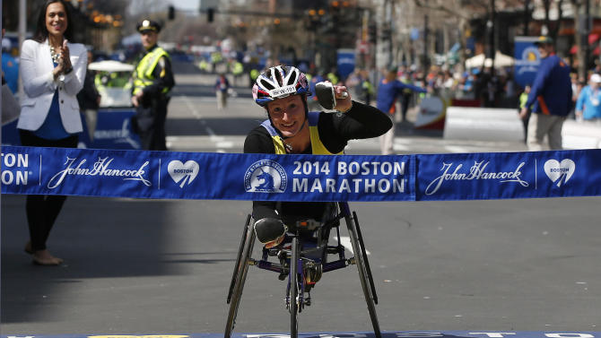 American McFadden wins Boston wheelchair division