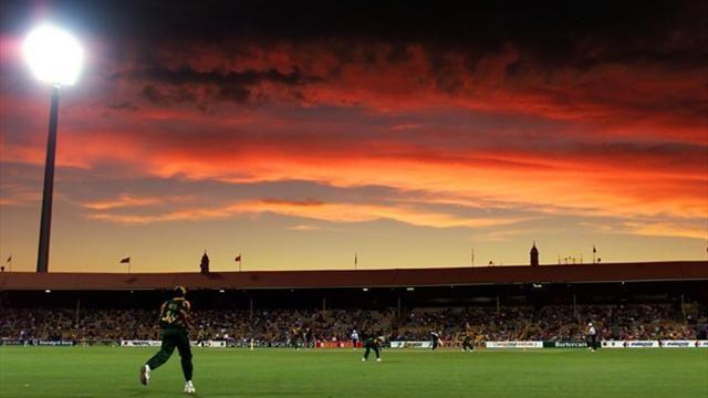 Cricket - Australia wants to play day-night tests in 2015