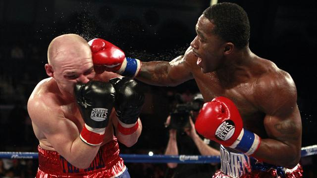 Boxing - Broner stops brave Rees in Atlantic City