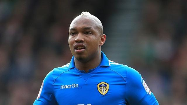 Championship - Diouf still in McDermott's plans
