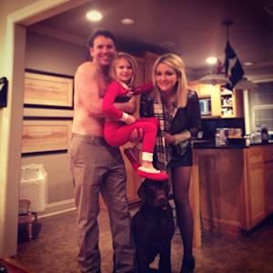 Jamie Lynn Spears Shares Holiday Photo of Shirtless Fiance, Grown Up Daughter Maddie: See the Cute Pic