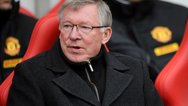 FA Cup - Ferguson snubs Benitez as feud simmers on