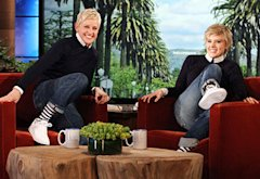 Ellen DeGeneres, Kate McKinnon | Photo Credits: Michael Rozman/Warner Bros.