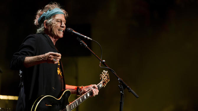 Keith Richards performs at Eric Clapton's Crossroads Guitar Festival 2013 at Madison Square Garden on Saturday, April 13, 2013, in New York. (Photo by Charles Sykes/Invision/AP)