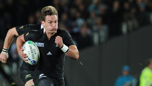 Super Rugby - Chiefs draw with Bulls after last-gasp try