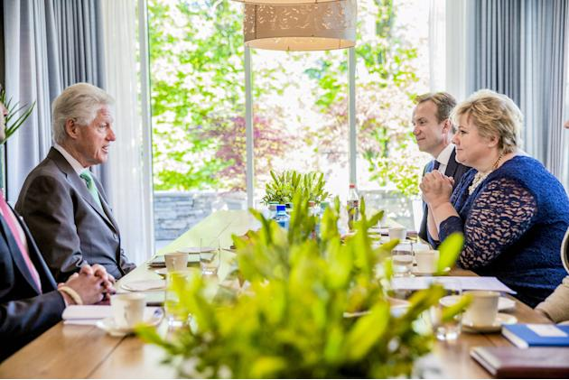 Norway's Foreign Minister Brende and Prime Minister Solberg meet with former U.S. President Clintonto discuss global health, climate and energy in Oslo