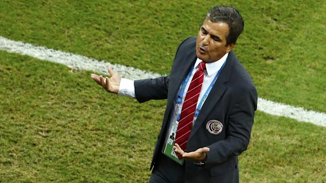 World Cup - Costa Rica coach quits after 'sleeping with the enemy'