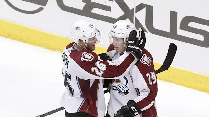 Rookie MacKinnon has Avs in thick of playoff race