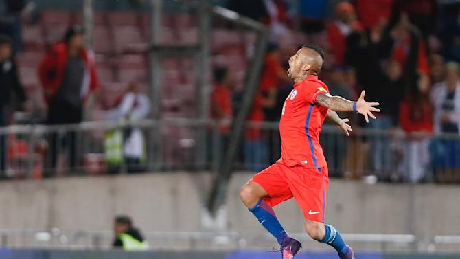Football Soccer - Chile v Peru - World Cup 2018 Qualifiers