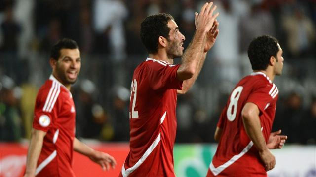 World Cup - Late Aboutrika penalty gives Egypt win over Zimbabwe