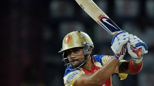 Cricket - Kohli fires Bangalore past Sunrisers, Mumbai thump Daredevils
