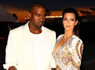 Kanye West Tweets 'Naked Picture Of Kim Kardashian'