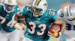 Dolphins RB Thomas done for the year