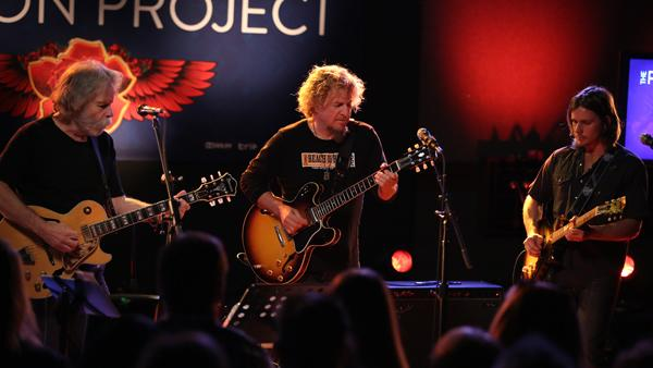 Sammy Hagar, Bob Weir, Jerry Harrison Jam in Bay Area