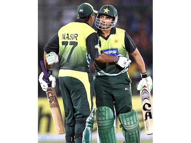 Pak openers Salman Butt and Nasir Jamshed produced an unbroken century partnership to set up a comprehensive 10-wicket win over Bangladesh in the final Asia Cup super league match on Friday. Butt scor