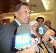 Anwar declines comment on 'new' video claims