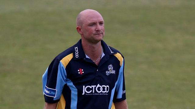 County - Yorkshire win at rainy Headingley