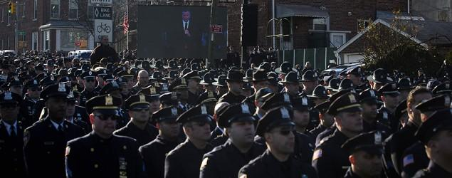 Bratton: NYPD, mayor rift will 'go on for a while'