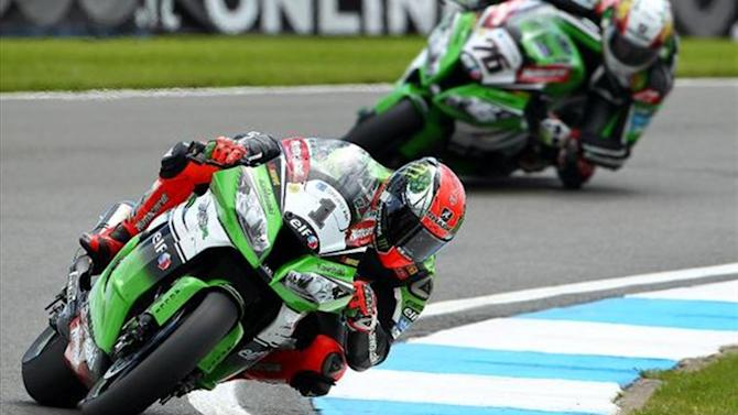 Superbikes - Donington WSBK: Historic double win for Sykes