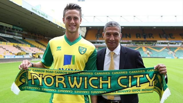 Football - Van Wolfswinkel hoping to hit goal trail