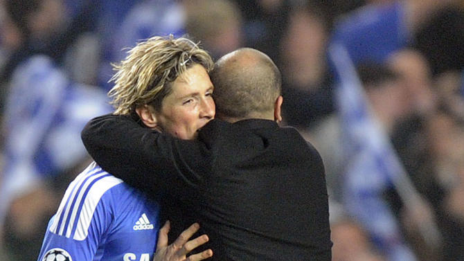 Roberto Di Matteo (right) expects Fernando Torres to build on his Euro 2012 performances