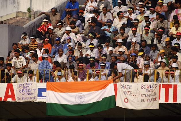 Indian crowds