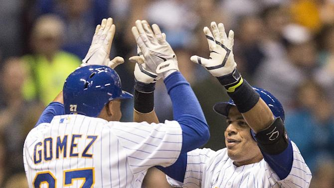 Brewers win 7th straight, beat Pirates 4-2