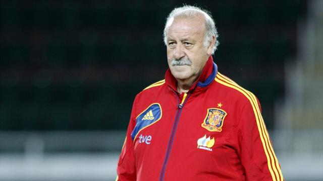 Liga - Del Bosque denies Real return, supports Casillas