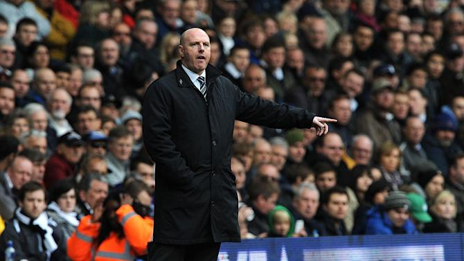 Steve Kean has insisted he is under no pressure to sell players